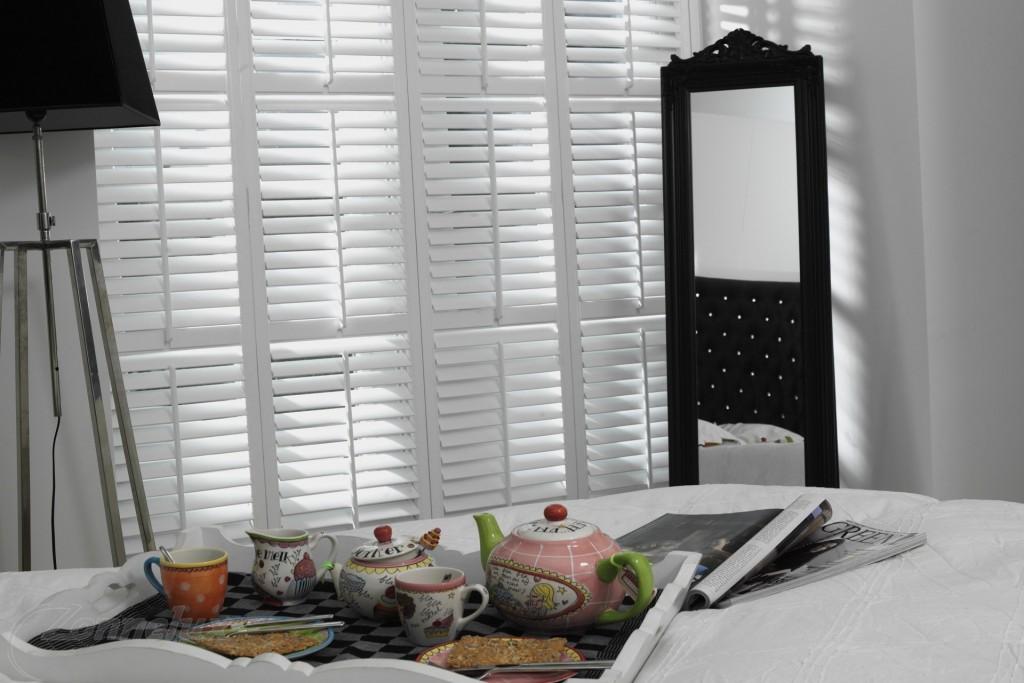 Shutters of jaloezieën in de slaapkamer | Shutterkoning